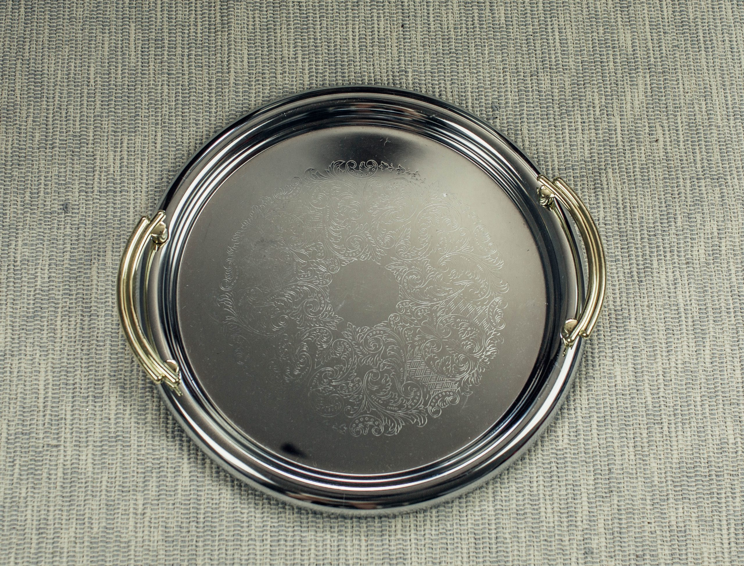 Round Serving Tray With Gold Handle Abpr