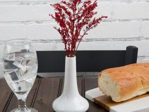 3 1/2″ x 5 1/2″ White Porcelain Bud Vase