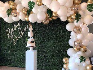 White & Gold balloon arch